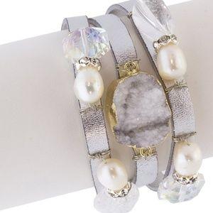 Genuine Leather and White Druzy bracelet